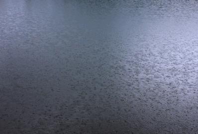 pluie lac b.jpg