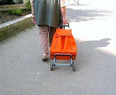 françois bayrou rentrant dans son pays.jpg