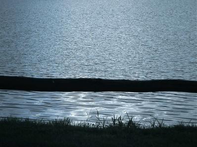 eaux v.jpg